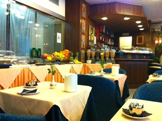Mec Hotel : Breakfast Room