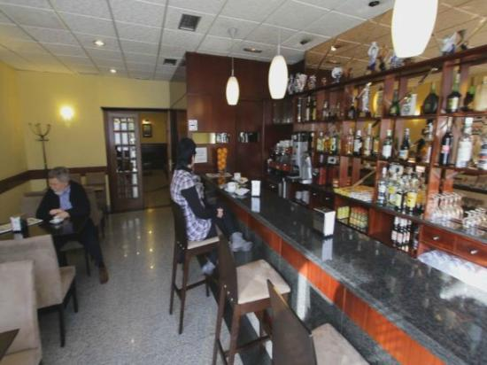 Hotel La Peregrina: Cafetería