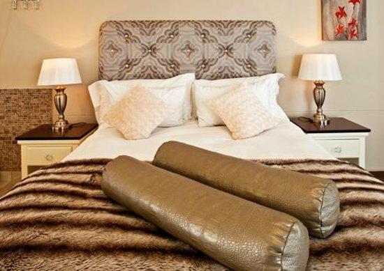 Hotel Zum Kaiser: Luxurious Rooms