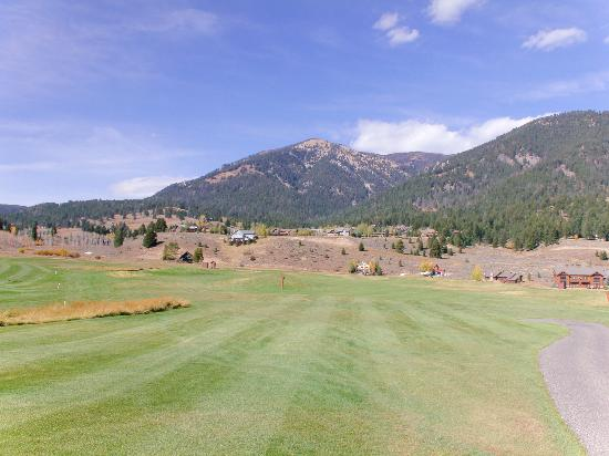 Big Sky Golf Course: Hole 13