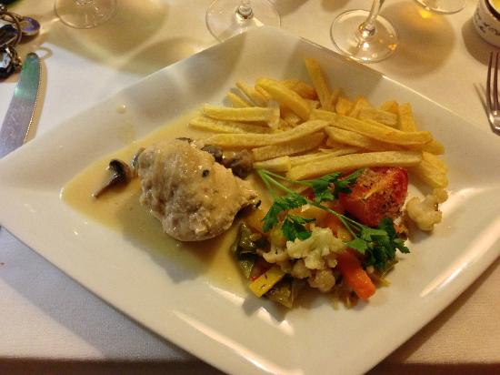 Le Pommier Restaurant: Chicken Stew
