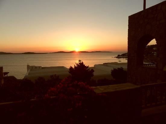 Mykonos Grand Hotel & Resort: Sunset from outside of room