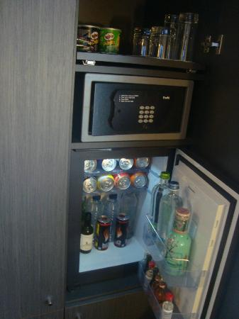 Park Hotel Amsterdam: Mini bar