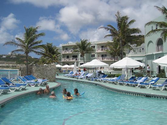 Oyster Bay Beach Resort: Pool