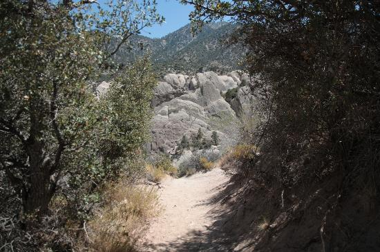 Devil's Punchbowl: Surrounding mountain peaks are 8,000 feet in elevation, Nature Center is at 4,740.