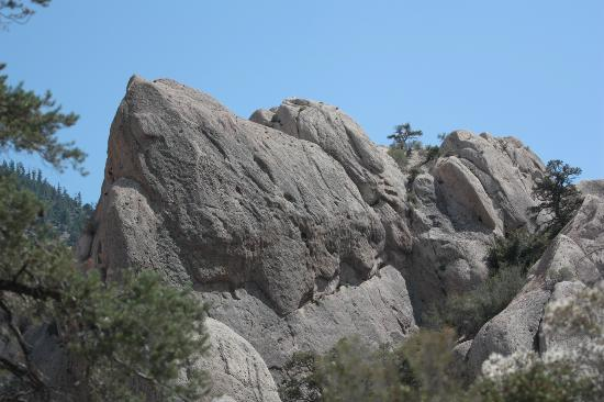 Devil's Punchbowl: Formed by Punchbowl and Pinyon Faults and pressures along the San Andreas Fault.