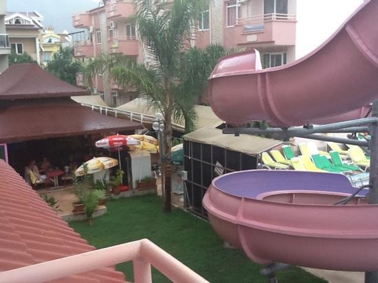 Rosy Apart Hotel : had a bit of rain;-(
