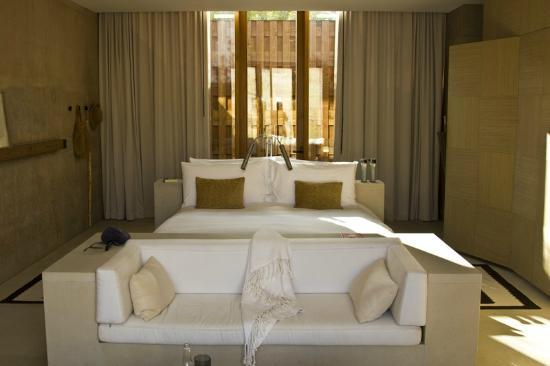Amangiri: Mesa view room