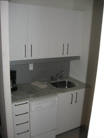 Residence Inn by Marriott - Montreal Westmount: kitchenette