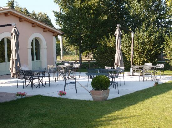 Country House Casco Dell'acqua: cortile