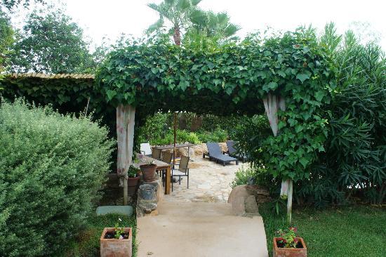 Can Sastre: Gardens