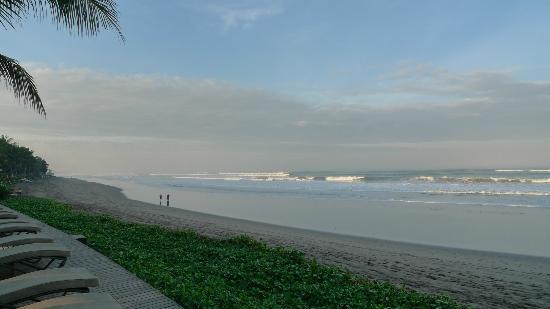 The Samaya Bali Seminyak: la plage côté gauche