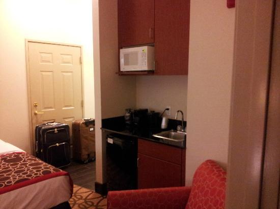 La Quinta Inn & Suites North Platte: Suite - L'angolo cucina