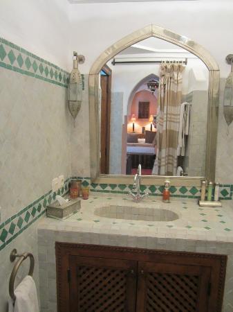 رياض سابل شعود: Bagno Chambre Bedouine 