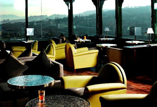 Palais Faraj Suites & Spa : Golden Bar