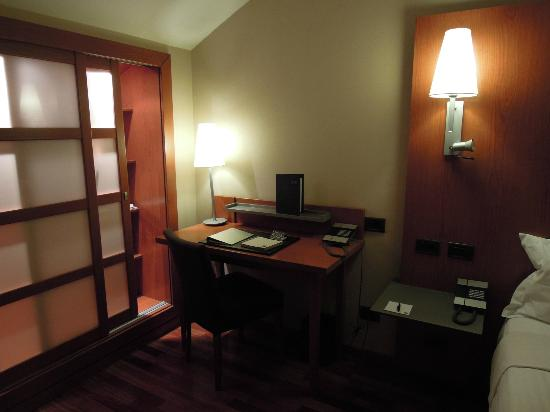 AC Hotel Palencia: Habitación