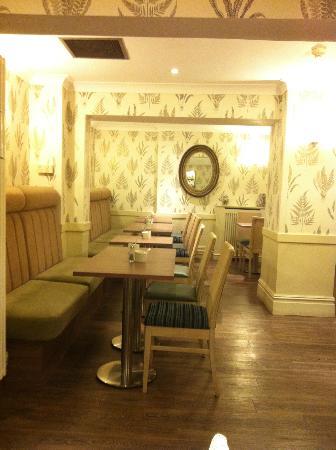 Princes Square Hotel: sala colazioni
