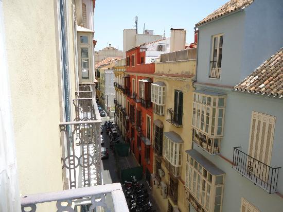Atarazanas Malaga Boutique Hotel: True Malaga ambiance rm 309