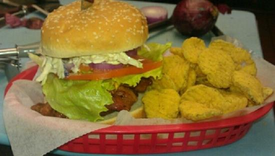 Trade Street Cafe: Loaded Burger w/pickle chips