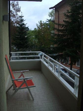Hotel Villa Luca: balcone