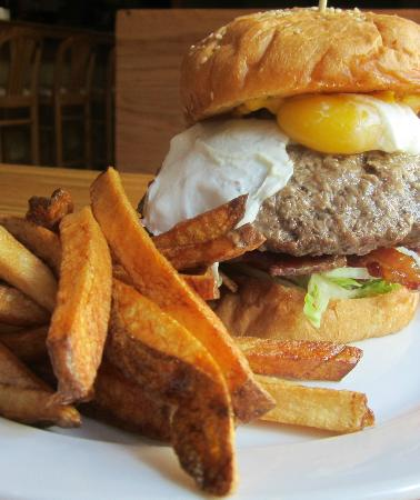 Chucktown Tavern: Custom Made Stuffed Burgers ... WOW !