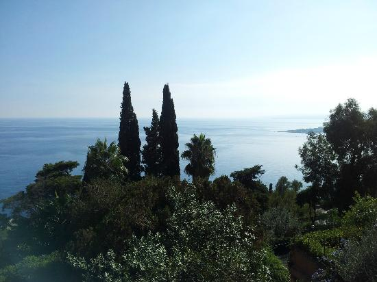 Hotel Villa Belvedere: view over bay from room 