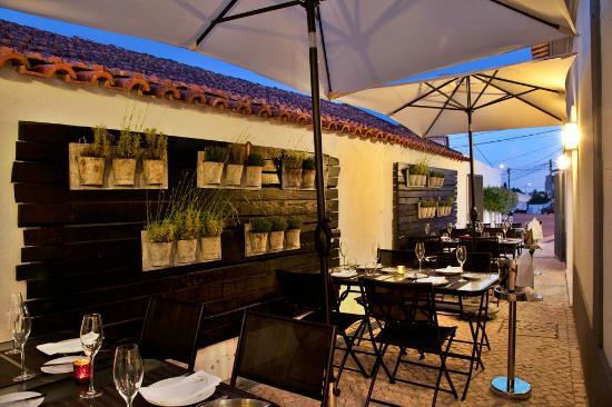 Restaurante Salmoura: Esplanada
