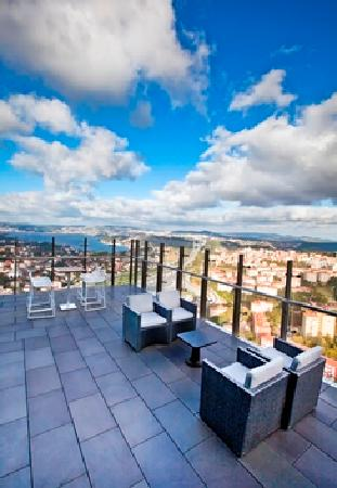 Le Méridien Istanbul Etiler: BOAZ Bar Terrace