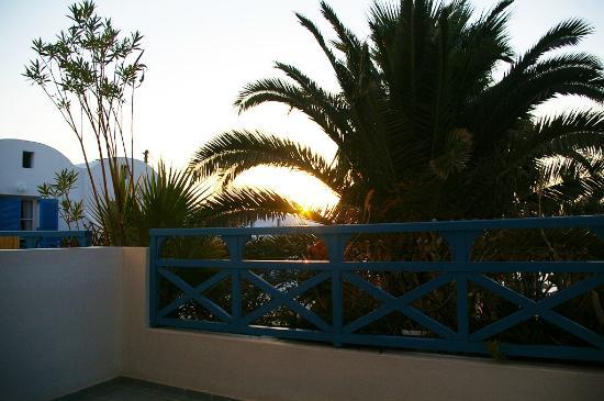 Kamari Beach Hotel: Sunrise