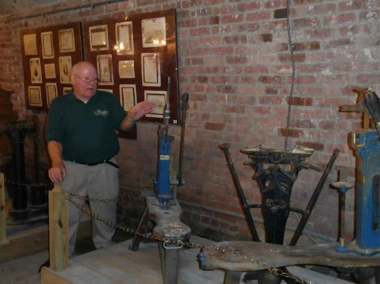 Brotherhood - America's Oldest Winery: Howard, 39 years giving tours at winery