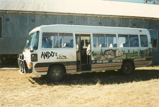 Ando's Outback Tours: the bus