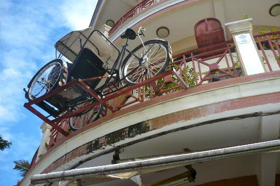 Le Cyclo: Le fameux cyclo