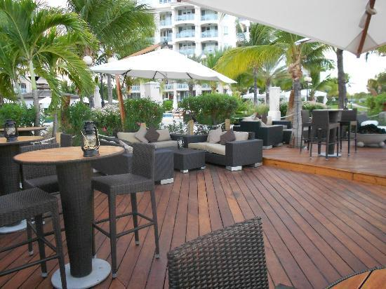 Seven Stars Resort & Spa: At the Deck!