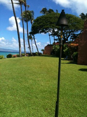 The Kuleana Resort: beautiful grounds, well kept