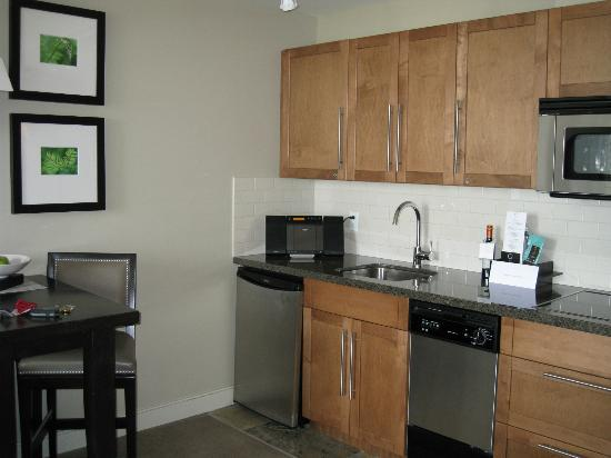 The Oswego Hotel: our studio suite kitchen