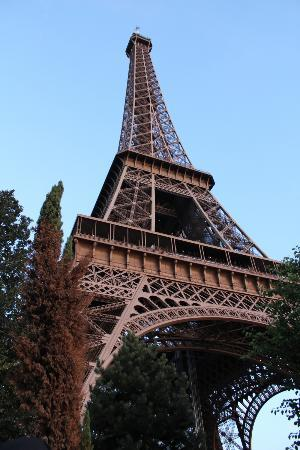 Mirror Ball Tower Picture Of Eiffel Tower Paris