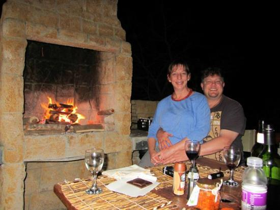 Nyaru Private Game Lodge: Fully catered for braai at our Chalet.