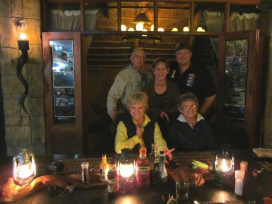 Nyaru Private Game Lodge: Happy after a delicious dinner!