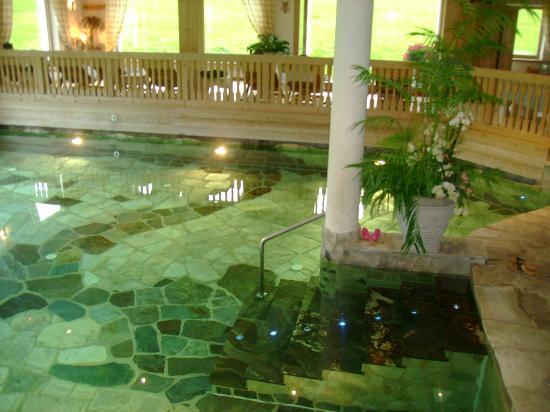 Hotel Gran Ancei: Piscina con zona relax