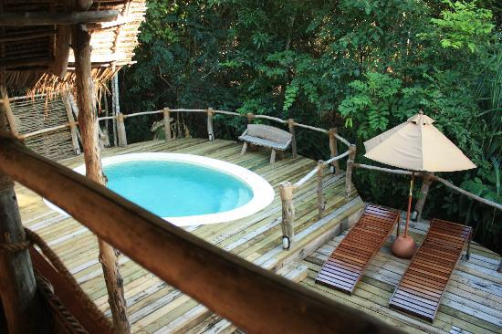 Fundu Lagoon: Looking down at our plunge pool