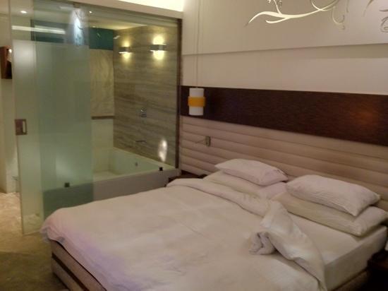 Maya Hotel: clean nice comfortable