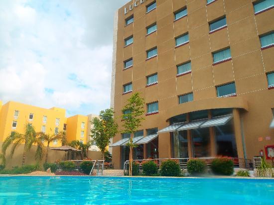 Hotel Lucerna Hermosillo: e