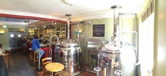 Old Cannon Brewery: in the bar