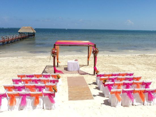 Azul Beach Resort Sensatori Mexico: beach wedding
