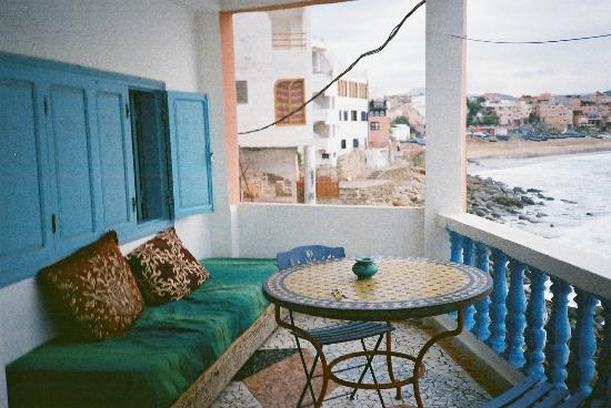 Surf Berbere Surf Camp Taghazout: Terrace and Taghazout Beach