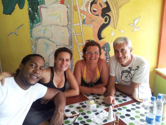 El Cafecito Lonza: Mártires,Rita, Mª Assumpció y Miquel