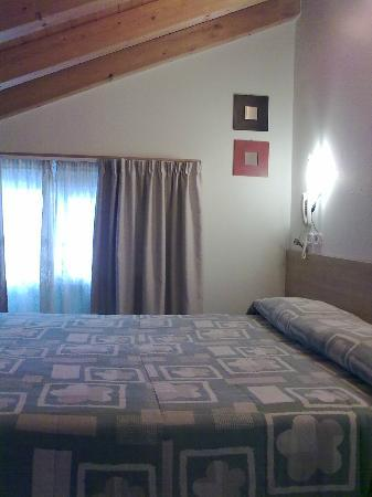 Hotel Ginevra: camera mansardata