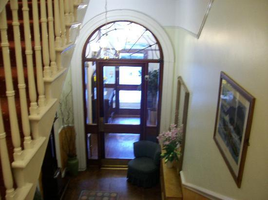 Anchor House Dublin: Looking toward Main Entrance