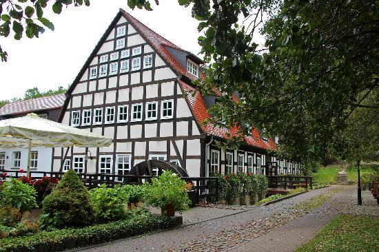 Springbachmühle: Hauptgebäude (ehem. Mühle) mit Restaurant