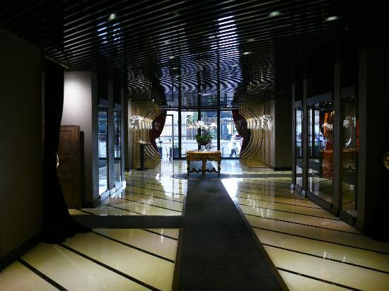 Sura Design Hotel & Suites: Hall